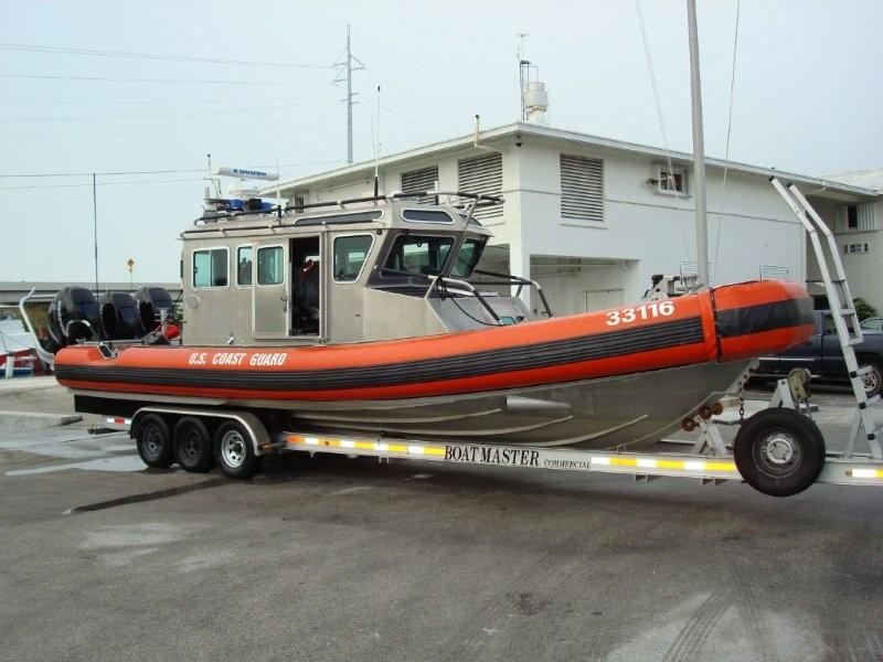 33-FT-SAFE-Boat